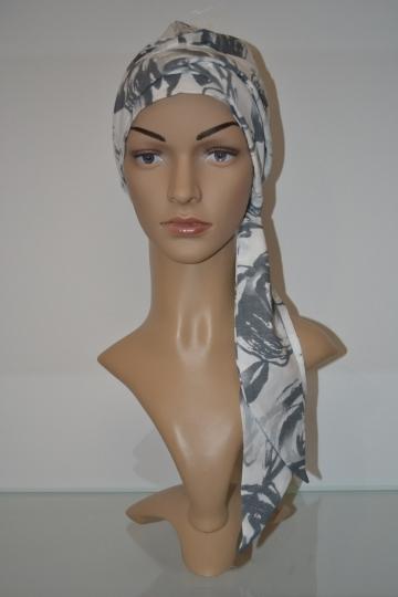 Šátek s dlouhým vázáním
